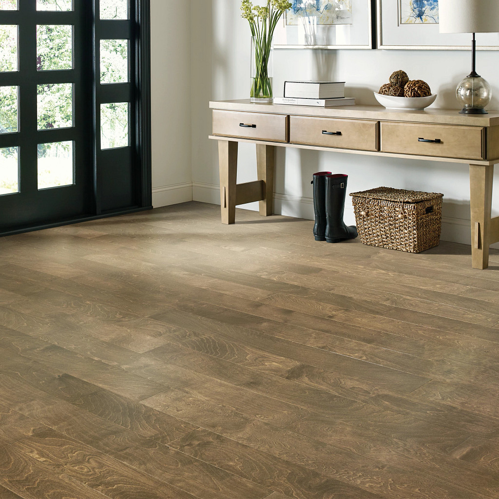 Wood Looks for a Traditional Feel | Hampton Flooring Center